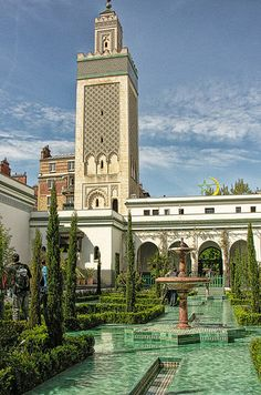 The Great Mosque of Paris - Built in 1926, the Great Mosque of Paris is a gorgeous architectural sight. After visiting its beautiful gardens, head to the mosque's café for some of the best Arabic pastries and mint tea in the city.