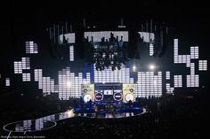 XL Video MTV EMAs 2013 photo Chris Saunders Ogle Hog IMG_0213.jpg 800×533 pixels
