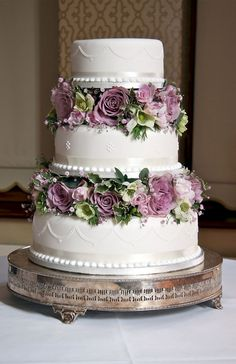 Purple Wedding Flowers Purple and white and green 3 layered cake with pillars , wedding Vintage Wedding Flowers, Wedding Cakes With Flowers, Beautiful Wedding Cakes, Gorgeous Cakes, Pretty Cakes, Cake Flowers, Wedding Bouquets, Flower Cakes, Purple Flowers