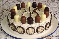 Super Dickmann – Torte Super Dickmann – cake, a very delicious recipe in the category pies. German Cake, Torte Recipe, Cake & Co, Pumpkin Cheesecake, Cheesecake Cookies, Easy Cake Recipes, Food Humor, Food Cakes, Cakes And More