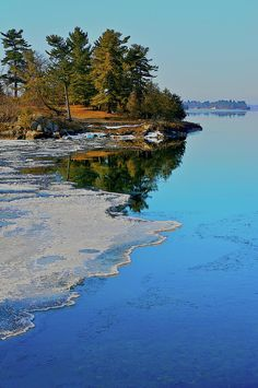 ✮ Thousand Islands Region, boarder of NY and Canada