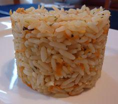 Les Cinq Sens: Riz style Casa Grecque Greek Recipes, Rice Recipes, Cooking Recipes, Healthy Eating Tips, Healthy Nutrition, How To Cook Rice, Food To Make, Salad Restaurants, Confort Food