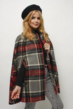Vintage Wool Swing Cape  URL : http://amzn.to/2mJUdhm Discount Code : UWSXAGLG
