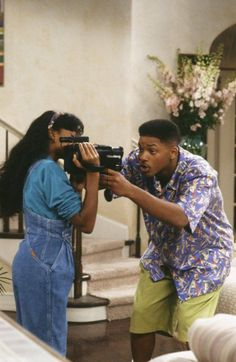 Will Smith and Tatyana Ali in The Fresh Prince of Bel-Air Fresh Prince, Tatyana Ali, 90s Aesthetic, Aesthetic Vintage, Willian Smith, Prinz Von Bel Air, Ashley Banks, Look Adidas, Versace
