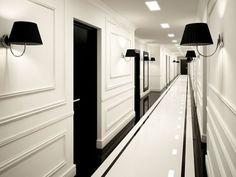Hotel chic hallway: