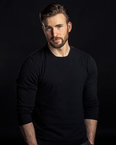 Chris Evans for Vanity Fair (Sept 2014). I love the fact that his girlfriend is African-American. There are no boundaries for him.
