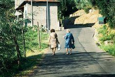 Italian Women in Tusany