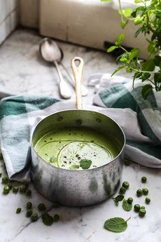 pea, mint and coconut soup - zuppa di piselli, menta e latte di cocco