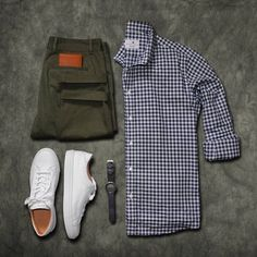 Stylish mens clothes that any guy would love men's casual fashio Stylish Mens Outfits, Casual Outfits, Men Casual, Casual Attire, Casual Clothes, Herren Outfit, Outfit Jeans, Men's Wardrobe, Men Style Tips