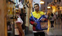 El 33% de extranjeros que trabaja en Perú viene de Colombia http://peru21.pe/actualidad/33-extranjeros-que-trabaja-peru-viene-colombia-2279646?utm_campaign=crowdfire&utm_content=crowdfire&utm_medium=social&utm_source=pinterest