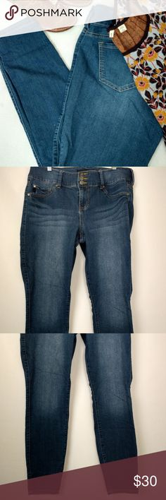 """Torrid 16T Jeans Jegging Skinny Ankle Soft Stretch Torrid Women's Skinny Ankle Jegging..  Super Comfortable & Soft Cotton/ Spandex Stretch.  Faux pockets in front. 2 Back Pockets.   Nice whiskering, hige on the front. Size 16T  Approximate laying flat:  16.5 """" waist   10.5"""" rise  29 """" inseam   5"""" ankle  Ship Within 1 Business Day Of Payment. Thank You.  Smoke Free Pet Friendly Home  Rack   Area D torrid Jeans Skinny"""