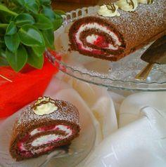 SŁODKIE ZAMIESZANIE: Zakręcone ciasto - rolada z wiśniami i białą czeko...