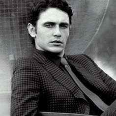 james franco, what a beaut. James Franco, James 4, Franco Brothers, Beautiful Men, Beautiful People, Sean O'pry, Make Smile, Gucci, Male Photography