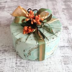 """147 Likes, 5 Comments - Secretly Gifting (@secretlygifting) on Instagram: """"We take a lot of pride in our gift presentation. It's that first moment when you lay eyes on a…"""""""