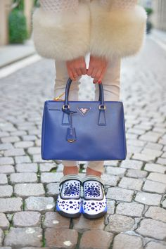 Blu Dior fusion sneakers Prada double bag blu