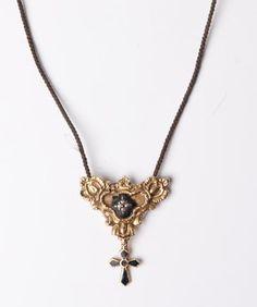 bijoux de deuil - collier de deuil en cheveux tressés, or et email noir