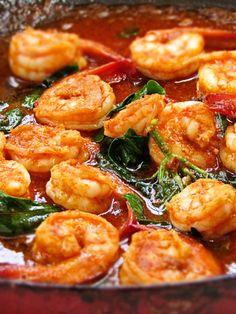 Stir Fried Shrimp in Thai Red Curry Paste