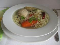 A sokféle karácsonyi étel után egy jó húsleves aranyat ér. Spaghetti, Ethnic Recipes, Food, Essen, Meals, Yemek, Noodle, Eten