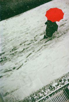 ソール・ライター ≪Footprints≫ 1950年 ⒸSaul Leiter Estate
