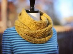 Dovetail Cowl pattern