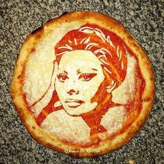 Portraits of celebrities, Pizza Art by Domenico Crolla! Haha love it