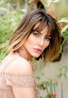 Bob hair cut hair style with bangs for heart shape, round, square face #hairstyles #Cleopires