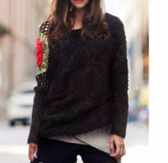 Stunning One Shoulder Flower Knit Sweater - Thumbnail 3