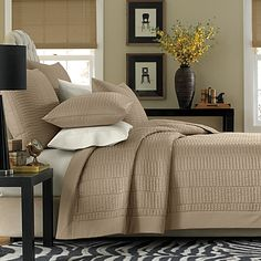 This classic Real Simple Dune coverlet adds a touch of easy, elegant charm to your bedroom with its clean design and tasteful available color selection. Made of sateen cotton, this coverlet feels like silk against your skin for a luxurious night& rest. Taupe Bedding, Coverlet Bedding, Bedding Sets, Pillow Shams, Elegant Home Decor, Elegant Homes, European Pillows, Home Decor Bedroom, Master Bedroom