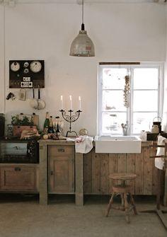 Most Design Shabby Chic Interior Design – Design House Decor Cocina Shabby Chic, Shabby Chic Interiors, Shabby Chic Kitchen, Shabby Chic Homes, Country Kitchen, Swedish Kitchen, Nice Kitchen, Primitive Kitchen, Cozy Kitchen