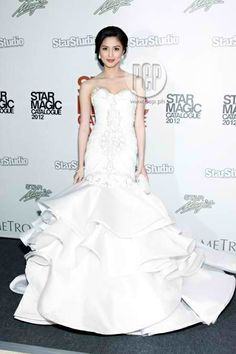 Another white gown of Kim Chiu  Beautiful!