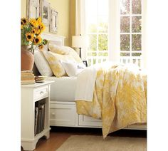 Hate those dust collecting fake flowers but love that sunshine yellow for a child's or guest bedroom Beautiful yellow bedroom. Hate those dust collecting fake flowers but love that sunshine yellow for a child's or guest bedroom Bedroom Bed, Guest Bedrooms, White Bedroom, Dream Bedroom, Bedroom Decor, Yellow Walls Bedroom, Light Yellow Bedrooms, Yellow Rooms, Bedroom Colors