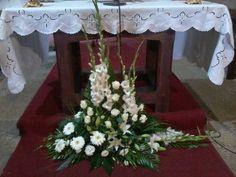Centerpieces, Table Decorations, Floral Arrangements, Home Decor, Flower Arrangements, Weddings, Gladioli, Decoration Home, Room Decor