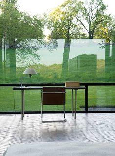 Philip Johnson Glass House — 1949 mid-century modern masterpiece