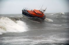 Rescue footage from Scotland's RNLI lifeboats in 2012 - YouTube