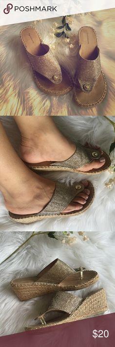 Gold color Espadrilles New croft & barrow Shoes Espadrilles