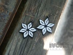 Quilling earrings - B&W Flowers, Paper Quilling, Paper Quilling Jewelry, Paper Jewelry, Paper Earrings