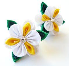 Kanzashi fabric flowers Set of 2 ponytails White yellow by JuLVa