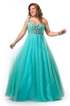 Prom Dresses For Plus Size Girls that Make a Good Looking: Blue ...