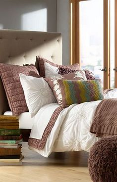 love the headboard #cozy