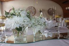 Centerpieces Gold und Weiß, goldene Sommerhochzeit im Riessersee Hotel…
