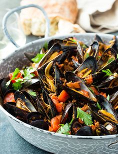 Mussels with Chorizo, Tomatoes, Browned Garlic and Basil by Tuttorosso Tomatoes Seafood Dishes, Fish And Seafood, Seafood Recipes, Gourmet Recipes, Healthy Recipes, Shellfish Recipes, Healthy Dinners, Yummy Recipes