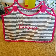 Thirty-One-- keep it tote EUC -- used but only twice. Excellent condition -- embroidered  with thirty-one logo Thirty-One  Other