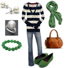 like the navy and green // one of my favorite combos..