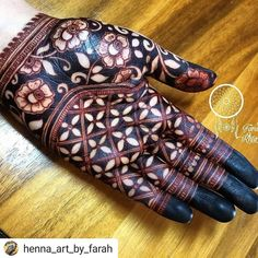 #Repost @henna_heavan(@repost_via_instant)In love with this stain Do Follow @henna_art_by_farah  for more amazing designs  #Repost @henna_art_by_farah    Check out my amazing henna stain!  I left henna paste on for 8 hours and followed after care. I always get dark henna stains but this one is the best one   #hennapowder by @bharathi_sanghani_mehndi  #henna_art_by_farah #hennadesign #mehendi #mehendiart #artist #bridalhenna #hennastain #darkstain #7enna #hennabodyart #naturalmehndi…