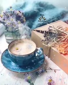 Coffee Ideas Interior - Iced Coffee In Bed - Home Coffee Station - Hot Coffee Recipe Good Morning Coffee Images, Monday Morning Coffee, Good Morning Coffee Gif, Good Morning Flowers Gif, Good Morning Beautiful Images, Good Morning Picture, Thursday Morning, Happy Saturday, Tea Gif