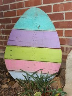 Enchanting Easter Outdoor Decoration Ideas To Refresh Your Everyday Spirit - Easter is just around the corner and obviously you all must be looking for some great Easter Ideas. Easter ideas for indoor and outdoor decorations ca. Easter Art, Hoppy Easter, Easter Eggs, Easter Table, Easter Bunny, Spring Crafts, Holiday Crafts, Oster Dekor, Diy Osterschmuck