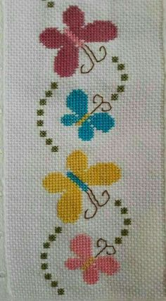 Embroidery patterns butterfly punto croce 27 Ideas for 2019 Butterfly Cross Stitch, Cross Stitch Heart, Cross Stitch Borders, Simple Cross Stitch, Cross Stitch Flowers, Cross Stitch Designs, Cross Stitching, Cross Stitch Embroidery, Embroidery Patterns