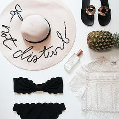 Holiday Destination Dossier: What We're Packing for Tulum