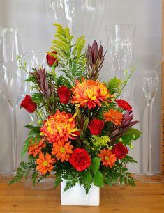 Traditional Tribute for a man Funeral Floral Arrangements, Easter Flower Arrangements, Vase Arrangements, Floral Centerpieces, Flowers For Men, Fresh Flowers, Beautiful Flowers, Funeral Bouquet, Funeral Flowers