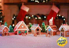 Looking forward to making gingerbread houses! Christmas Scenes, Pink Christmas, Christmas 2016, All Things Christmas, Christmas Ideas, Christmas Crafts For Gifts, Christmas Snacks, Craft Gifts, Gingerbread Train